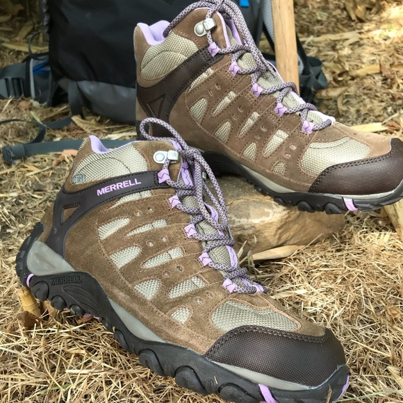 0986a1ad78b Merrell Accentor Mid Waterproof Hiking Boot